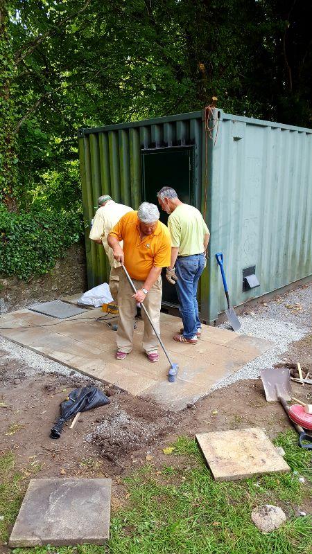 Jim, Glyn and Richard laying slabs