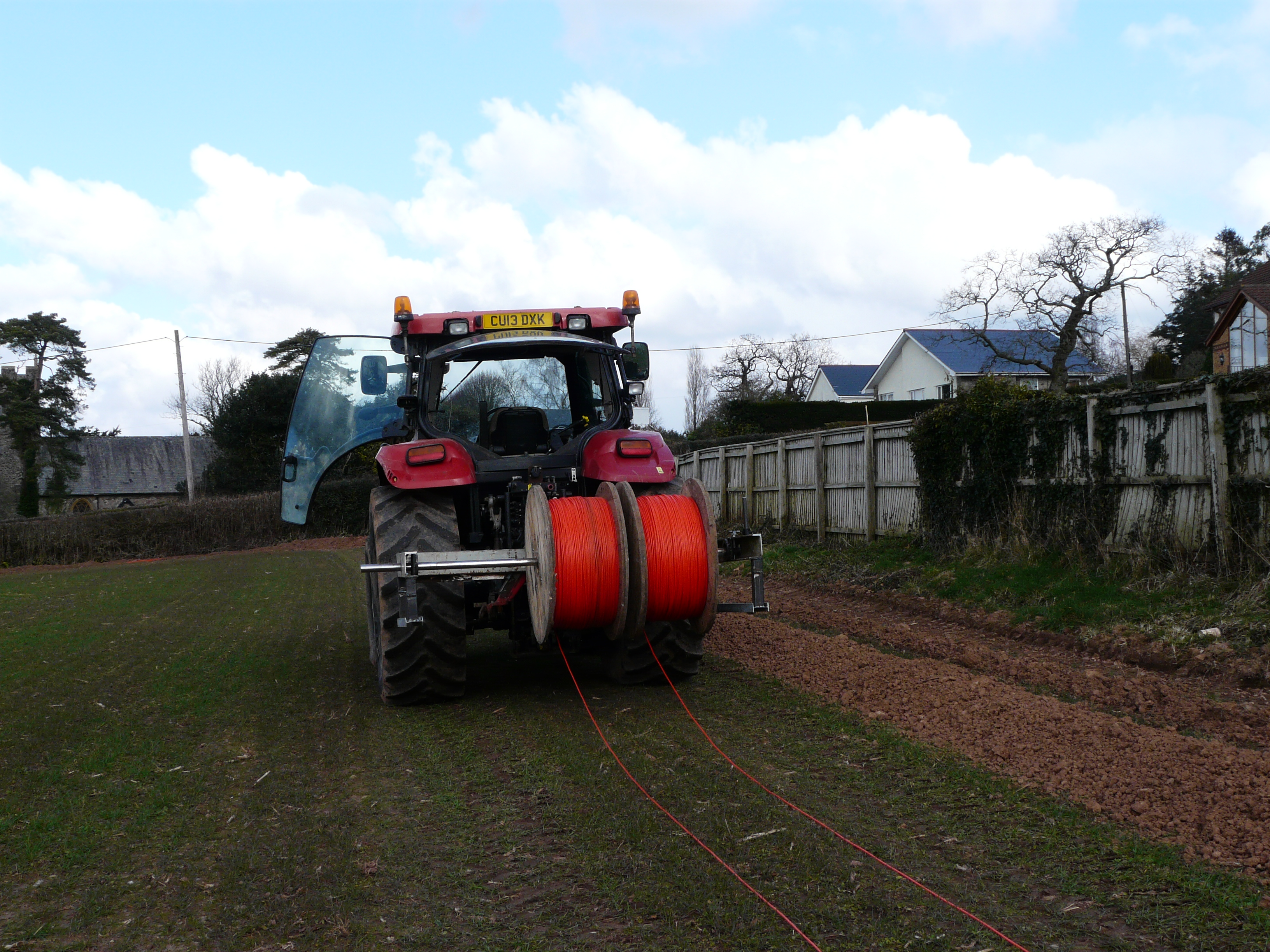 Tractor laying ducting